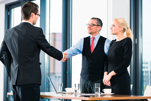 Do NOT Do These Things When Making an Offer to a Candidate